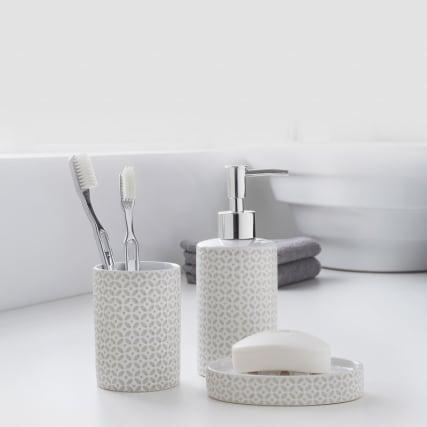 335513-moroccan-bathroom-set-3pk-white