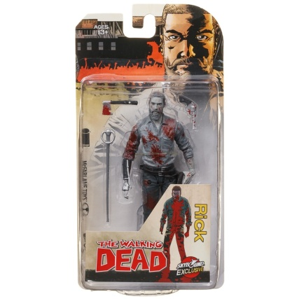 341829-the-walking-dead-figures-rick-black-and-white-bloody