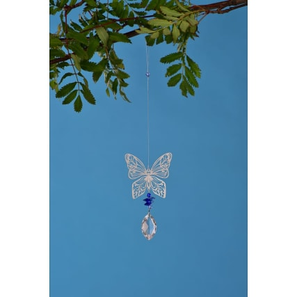 342002-windspinner-butterfly-droplet