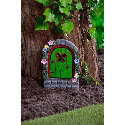 342064-solar-resin-fairy-door-with-staircase-green