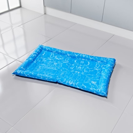 344393-cooling-crate-matt-anti-bug-85cm-x-52cm-blue