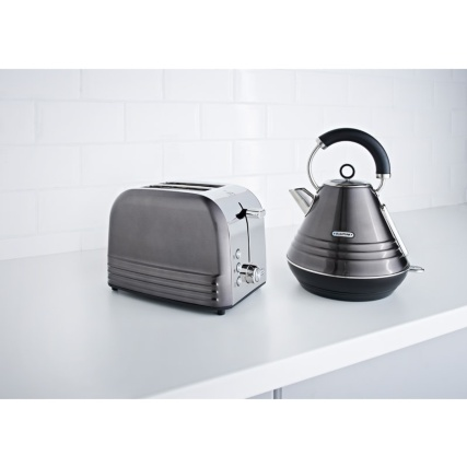 344973-344971-blaupunkt-platinum-kettle-and-toaster-set