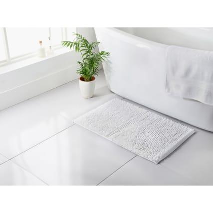 345486-signature-noodle-bathmat-white