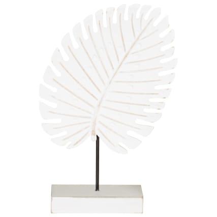345492-leaft-on-wooden-block-statue-white-2