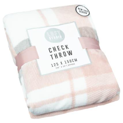 347018-check-throw-blush