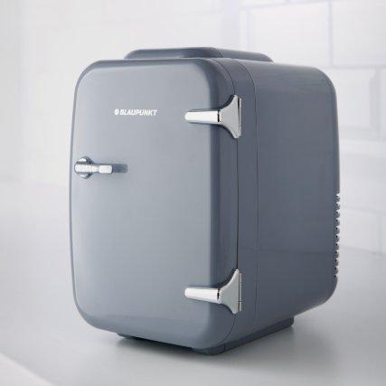 347801-blaupunkt-mini-fridge-4.jpg