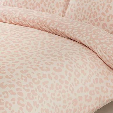 348708-348709-leopard-blush-duvet-set-2