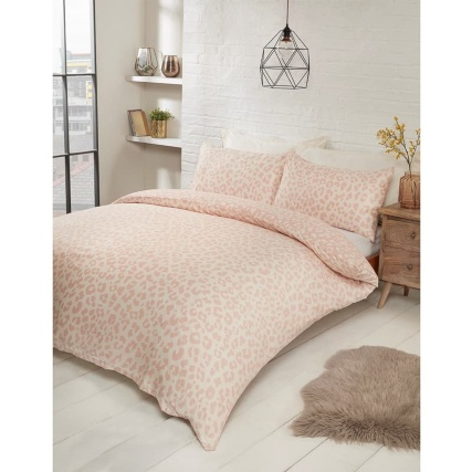 348708-348709-leopard-blush-duvet-set