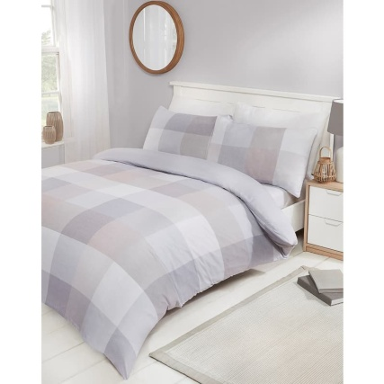 348715-348716-block-natural-check-duvet-set