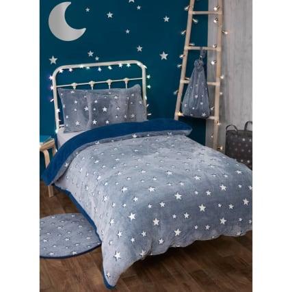 349350-navy-stars-glow-in-the-dark-fleece-bedding--with-sherpa-reverse.jpg