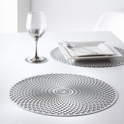 350310-4pk-cut-out-placemats-silver.jpg