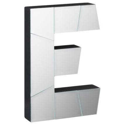 351000-mirrored-letters-e.jpg
