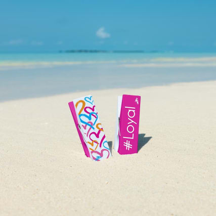 351637-love-island-logo-beach-pegs.jpg