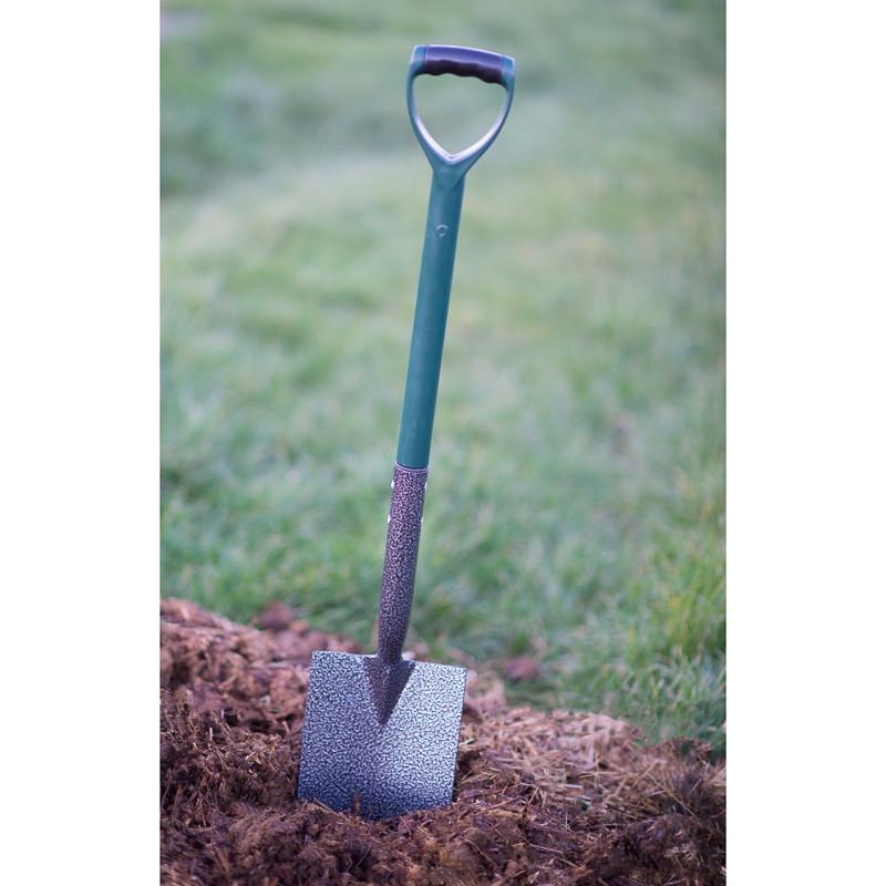 Heavy duty spade garden tools supplies for Heavy duty garden tools