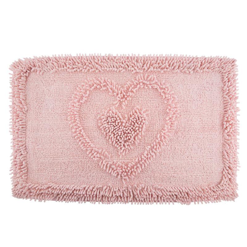 B&M: > Heart Chenille Bathmat