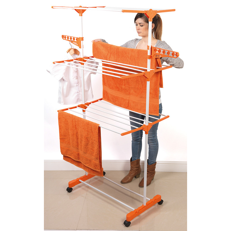Clothes horse heated