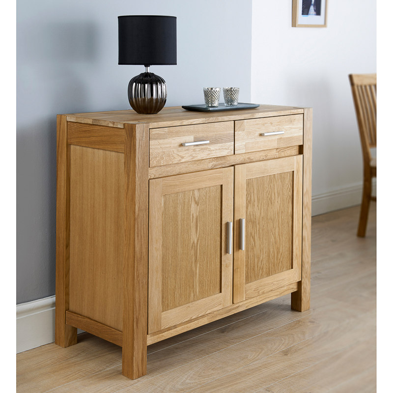 B Amp M Windsor Sideboard 295875