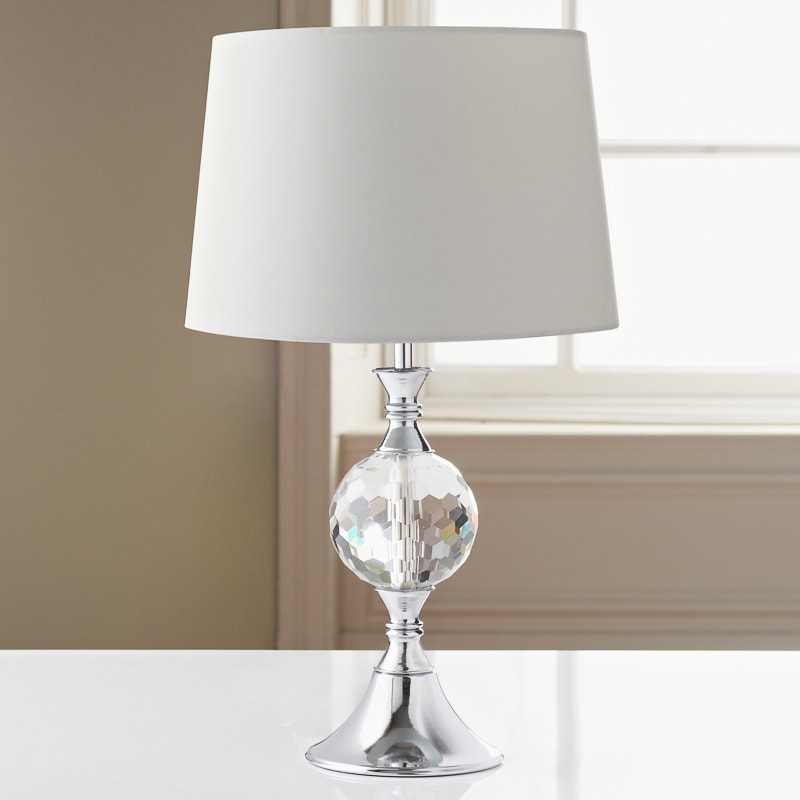 324032 duchess table lamp white