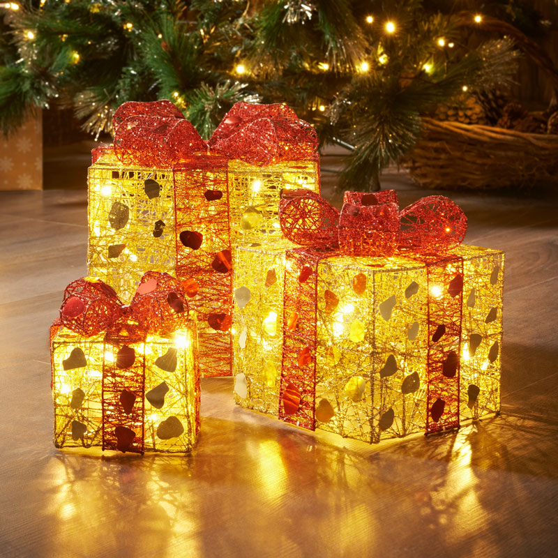Light Up Parcels Christmas Decorations Argos: 3 Light Up Parcels - Gold/Red
