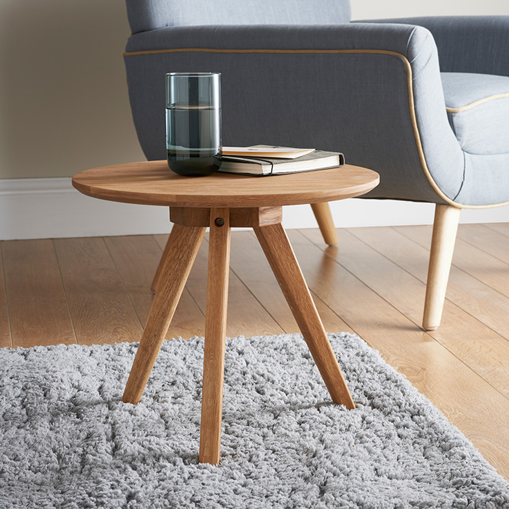 314813 Jarvis Oak Side Table