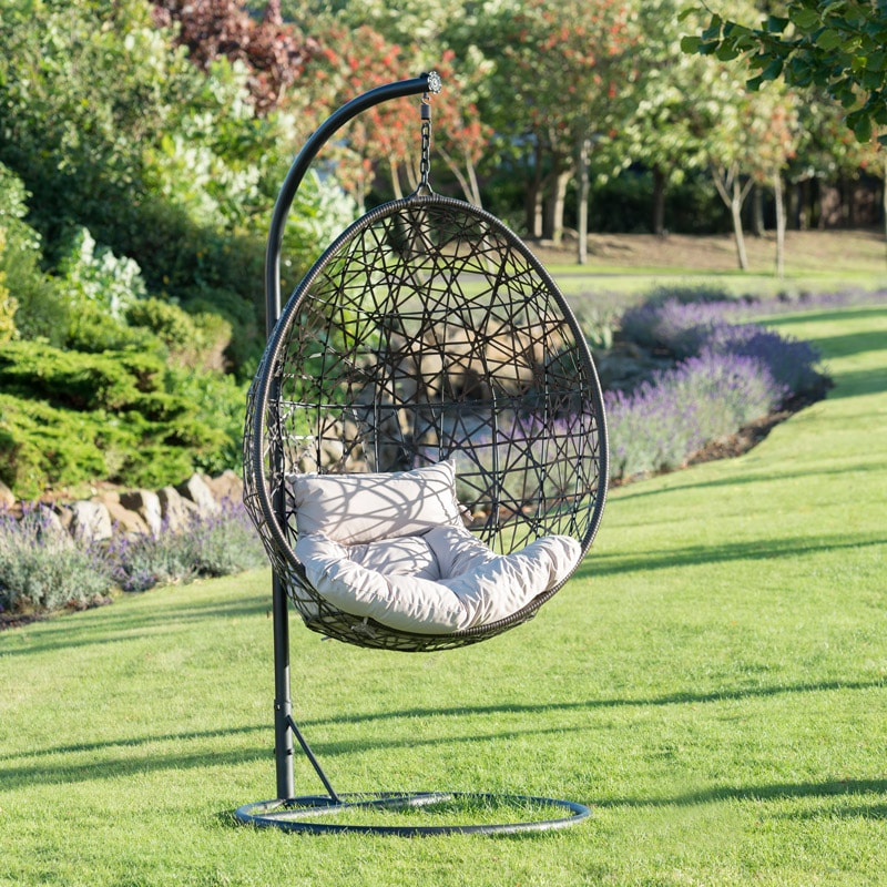 venice hanging egg chair garden furniture. Black Bedroom Furniture Sets. Home Design Ideas