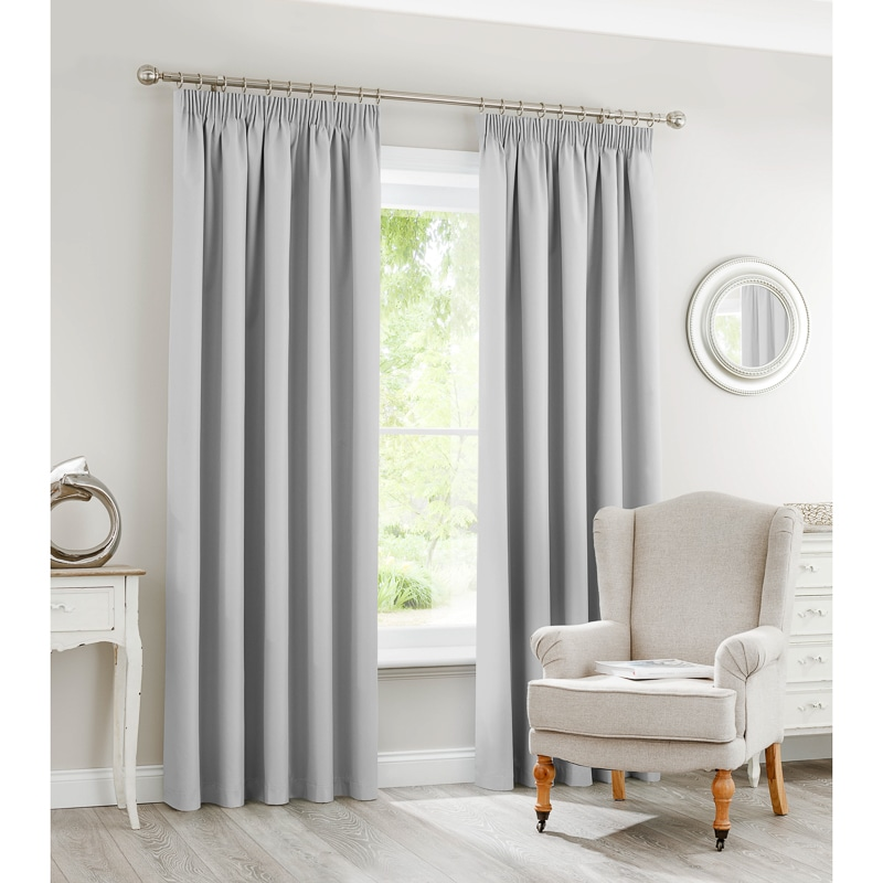 Silent Night Blackout Fully Lined Curtains 46 x 72