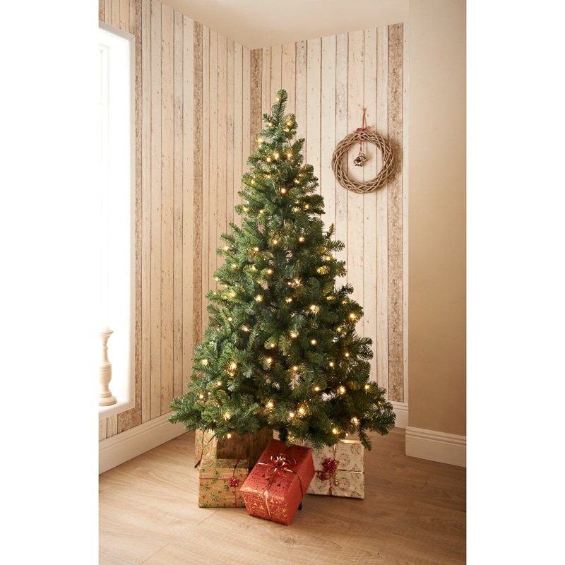 The Christmas Trees: Pre-Lit Aspen Christmas Tree 6ft