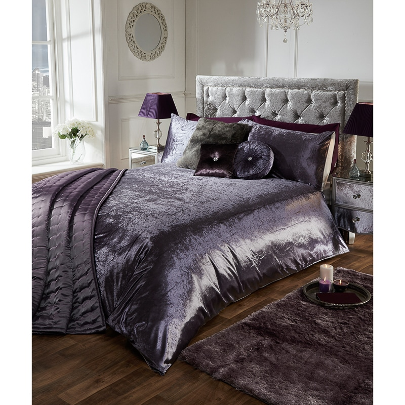 Versailles Full Velvet Face Duvet Set - King | Duvets - B&M