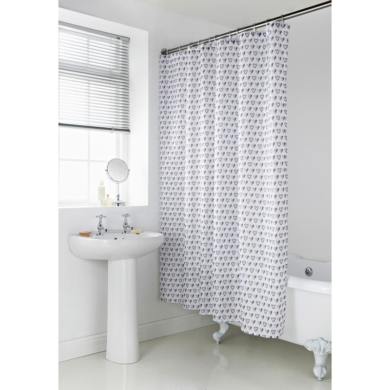 339065 Geo Shower Curtain Grey Hearts23