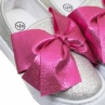 334142-younger-girls-bow-canvas-pink-bow-3