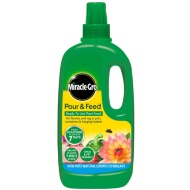 Miracle-Gro Pour & Feed Plant Food 1L