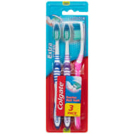 Colgate Extra Clean Toothbrush 3pk