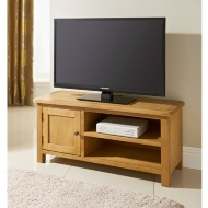 Wiltshire Wide TV Table