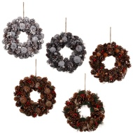Traditional Christmas Wreath 33cm