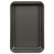 Betty Winters Roasting Pan Small