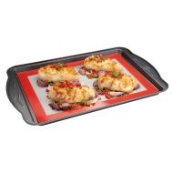 Betty Winters Non-Stick Silicone Baking Mat - Red
