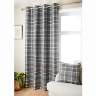 Oakland Check Curtain 66 x 72