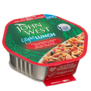 John West Light Lunch Tuna, Tomato & Black Olive Pasta Salad 220g