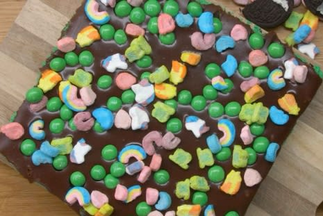 Recipe: Lucky Charms Tray Bake