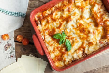 Irresistible Veggie Recipes: Quorn Lasagne