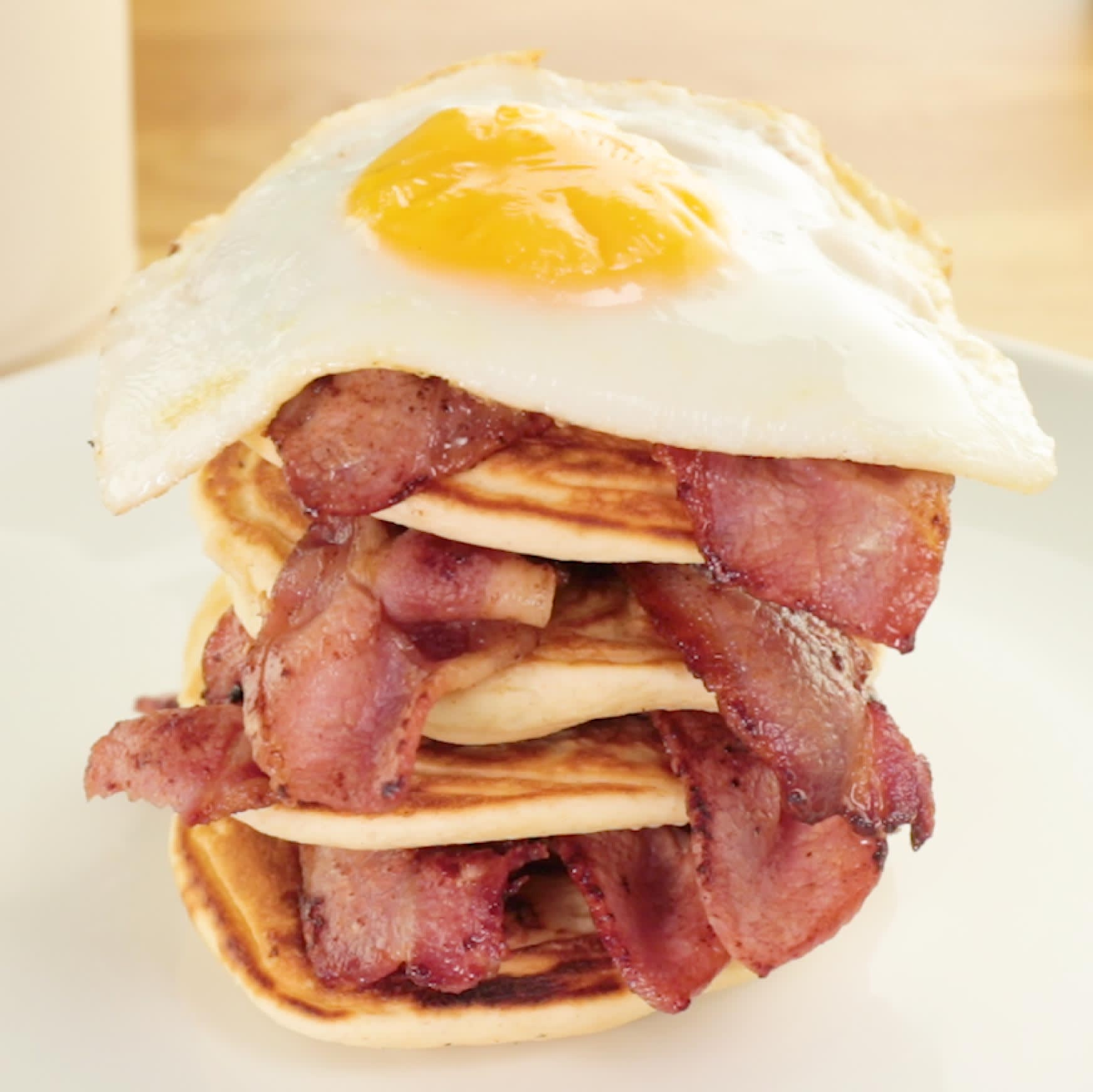 Get Off To The Best Start Your Day With A Delicious Breakfast Check Out Our Recipe For Stunning All American Stack Complete Bacon