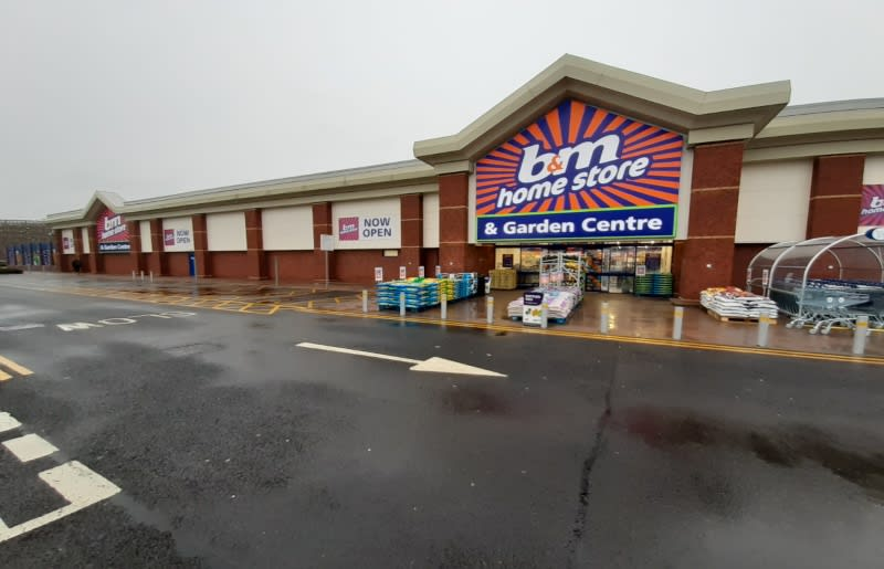 B M Warrington Riverside Retail Park Garden Centre And Furniture Toy And Electrical Shop