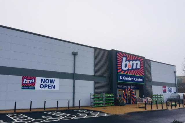 Bm Leighton Buzzard Garden Centre And Furniture Toy And
