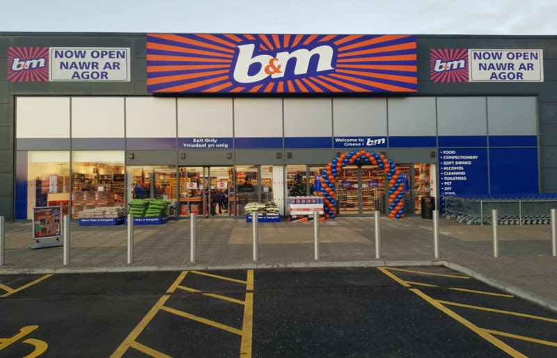 Bm Swansea Park Tawe Retail Park Food Toy And Electricals Shop